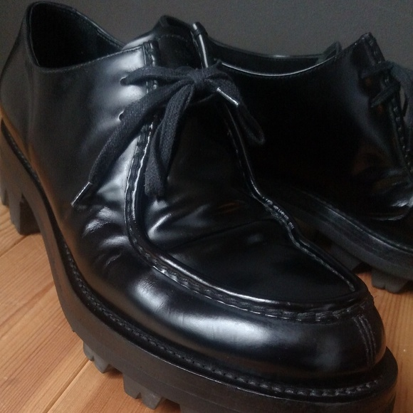 Prada Black Leather Men's Spazzolato Shoes